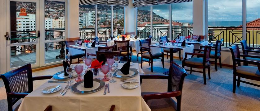 Funchal_orquidea_restaurant.jpg